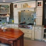 Hearth kitchen with plate rack