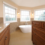 Master suite with slipper tub
